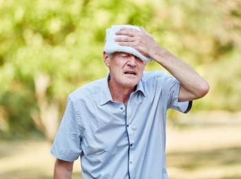 Cảnh báo nguy cơ biến chứng tim mạch khi trời nắng nóng