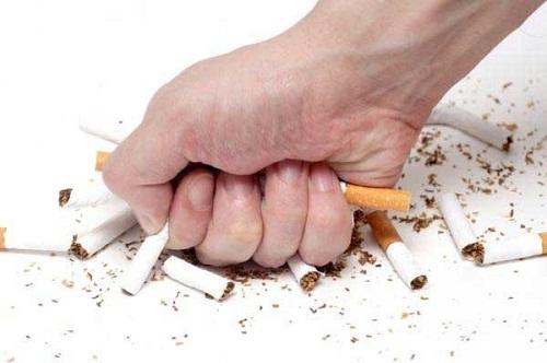 Bỏ ngay thuốc lá khi bị bệnh mạch vành